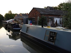 Canal boats: possible eco-friendly alternative to houses